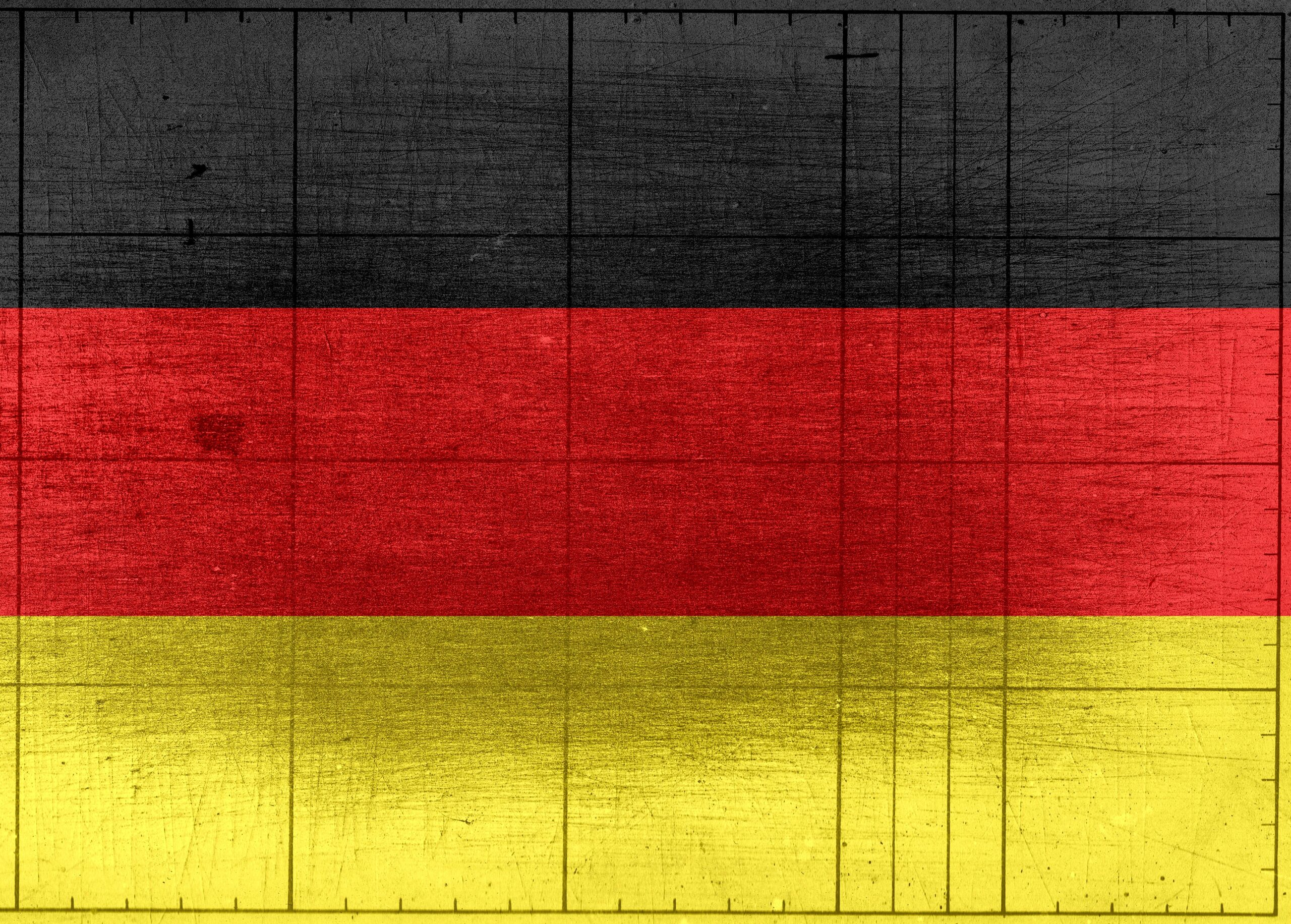https://redinversionista.com/wp-content/uploads/2020/07/german-flag-painted-on-wooden-background-968308-scaled.jpg
